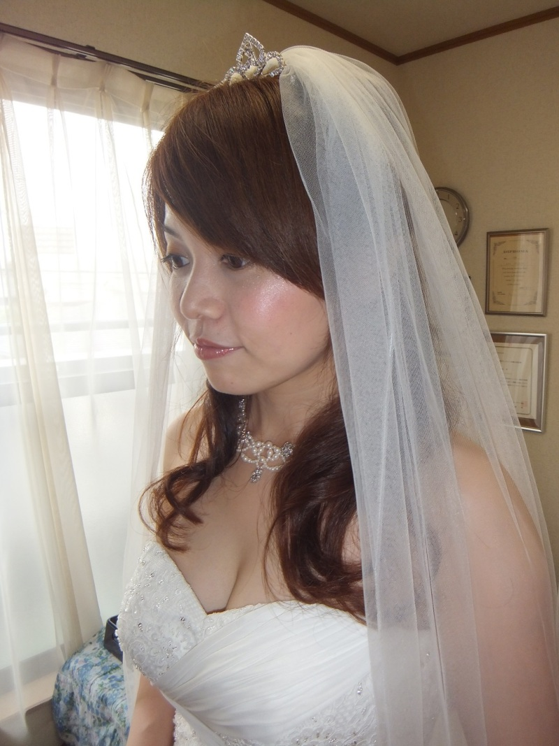 名古屋出張ブライダルヘアメイク「キレイになりたい」から「プロのメイクアップアーティスト」までトータルナビゲート